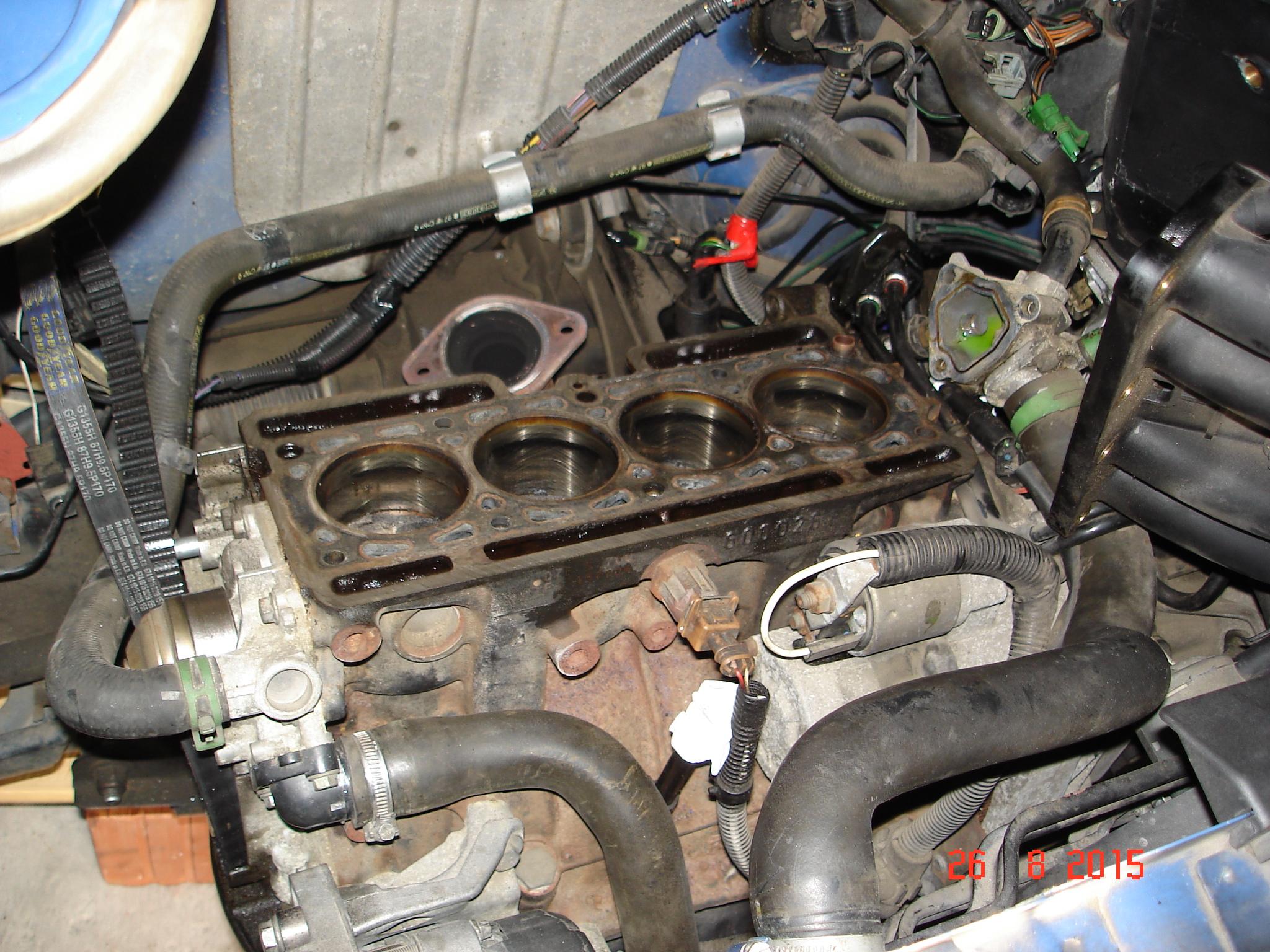 [résolu]Fuite d'huile moteur inquiétante. 5b5f51d72cb64